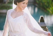 THE WEDDING OF ANDRES & REGINA - Morning Bridal Beauty Shoots by AVERIE Atelier