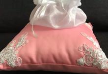 Pastel Wedding Pillows by La Bella