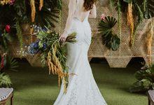 Tropical Wedding Inspiration by Frieda Brides