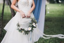 A Dusty Blue Greenhouse Wedding Inspiration by Lovemark Diamond