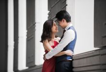 Prewedding Photography of Esther and Yaosong indoor Singapore Prewedding and Engagement Session Photoshoot by oolphoto