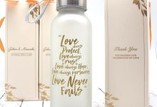 Clear Drinking Bottle Include Personalised Paperbag & Printing by Fine Souvenir