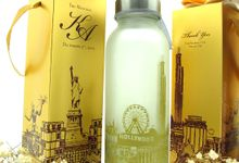Frosted Drinking Bottle Include Packing by Fine Souvenir