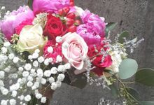 bridal bouquet by Flower Inc.
