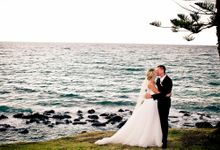 Wedding at Burleigh Heads Qld by kiss the groom photography