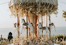 Fantasy Luxury Wedding Dinner Decoration by Bali Wedding Service