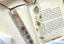 Bookmark by Infinite Souvenirs & Gifts