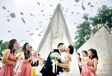 International wedding by Wikanka Photography