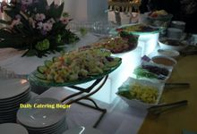 Fami and Lydia 's wedding by Daily Catering