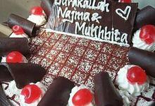 Wedding Cake dan Ultah Produksi Salzi Bakery by Salzi Bakery