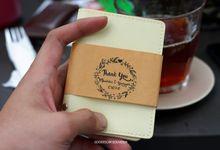 Premium Card holder by Goodiscap souvenir