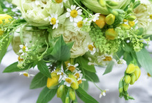 Bridal bouquet for Summer  by CARPO FLEURISTE by Kumiko Ishii