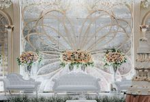 Santika Premiere Hayam Wuruk by Sky Wedding Entertainment Enterprise & Organizer