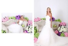 Wedding dress - Cathedral & Chapel train by Tati Photo