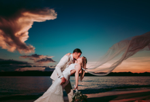 Erin & Karl's Big Day in Club Paradise by Cha Andrada Events