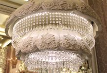 CHANDELIER WEDDING CAKE by RR CAKES