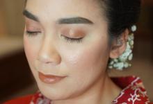Wedding makeup for Indah by Chesara Makeup