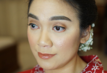 Wedding makeup for Indah by Chesara Makeup