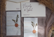 Wedding Invitation with Dried Flower by ChiffonCraft