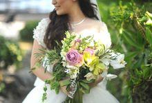 Rustic Clifftop Wedding by AVAVI BALI WEDDINGS