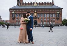 Copenhagen City Hall Wedding Elopement during COVID-19 by Ieva Vi Photo by Ieva Vi Photography
