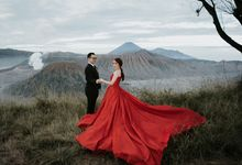 YOGI & MERRY - BROMO by AB Photographs