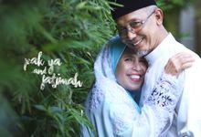 Pak Ya & Fatimah by Chad Rosly | Crotograf