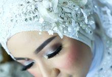 Yulia Wedding...  by Ginna Susant Makeup