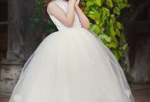 Flower Girls Dresses by Mia Bambina Boutique