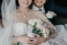 The Wedding of Cahyadi & Vonny by Huemince