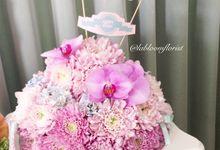 Floral Cake by La Bloom Florist
