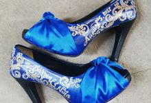 Darren & Niña Royal Blue And Gold by TMP Custom Shoe Studio