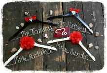 Wedding Hanger Name by Sweetlovecollection