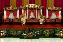 dekorasi pelaminan by sasafebbia makeup and wedding decorations