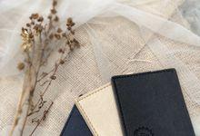 Card Holder Black and Cream by Memoire Souvenir
