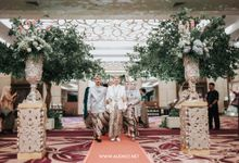 THE WEDDING OF ANGGI & iNDRA by alienco photography