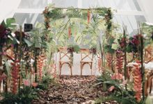 The Vibrant Tropical Wedding of Christa & Dede by Elior Design