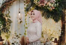 [ENGAGEMENT] Tari & Gana by Denny Lubis Photography