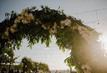 Rustic Phalosa Decoration by Bali Wedding Planner
