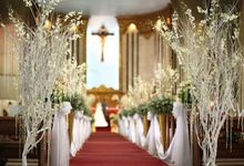 Church Decoration by Loi Floral Sense by Serge Igonia