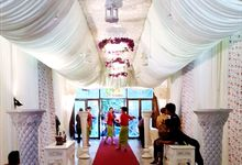 Dekorasi Lorong Pernikahan Cantik dan Anggun by Vessa catering by Vessa Catering
