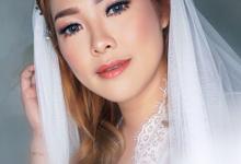 Bride makeup  by deristyana.makeup