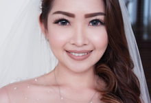 Natural wedding makeup look by Dextérité Makeup Artist