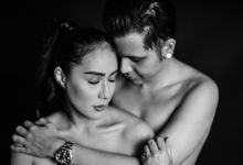 Dhani & Mashito Couple Session by AKSA Creative