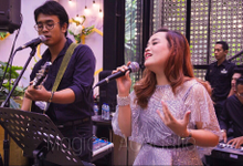 Family Gathering of Kevin & Ellen by Dream Art Musical