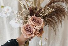 Dried Flowers Bouquet by Dried Flower Studio