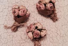 Mini Flower Bouquet by La Belle Vie flower