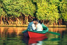 Fenfen & Suandi Prewedding at Pantai Indah Kapuk Mangrove by GoFotoVideo