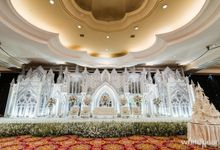 The Ritz Carlton Grand Ballroom 2017 12 10 by White Pearl Decoration