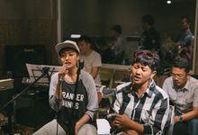 Hanny N Co feat Dira Sugandi & Lea Simanjuntak by Hanny N Co Orchestra